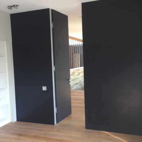 Андреевские двери, Скрытая под потолок