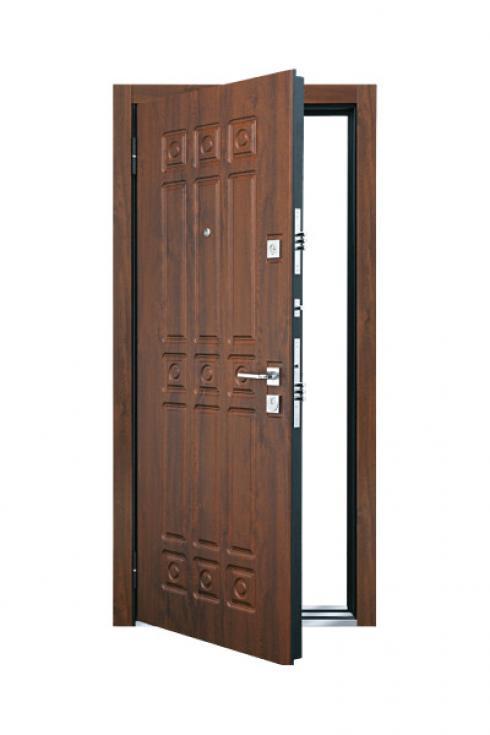 Бульдорс, Металлическая дверь Novara Бульдорс