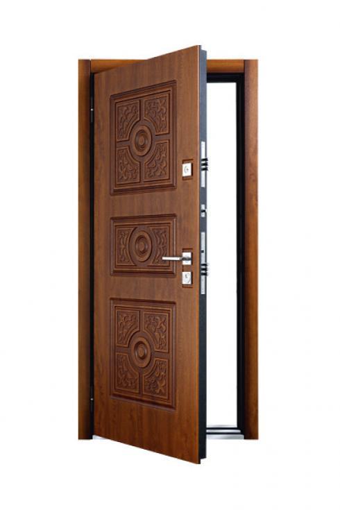 Бульдорс, Металлическая дверь Trento Бульдорс
